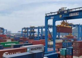 青岛港全自动化码头升级又创纪录,工业互联网重新定义港口形态